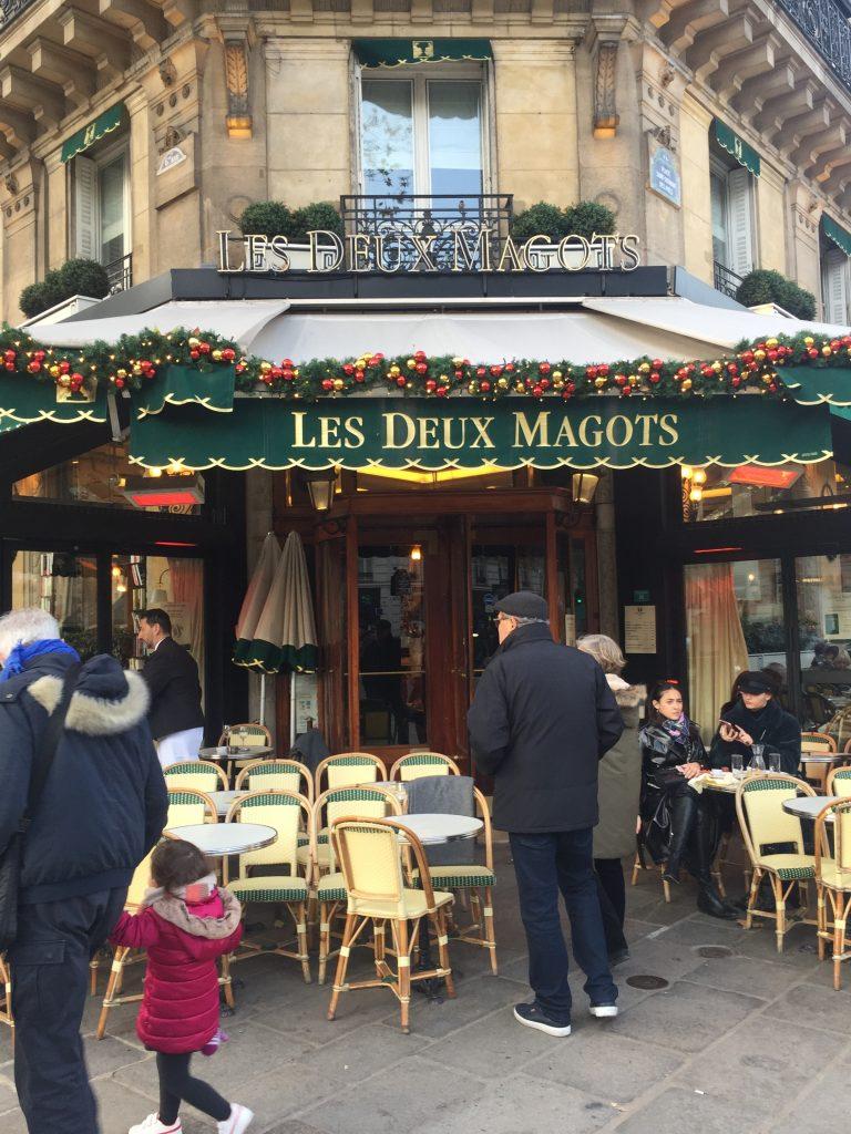 Les Deux Magots decorated for Christmas