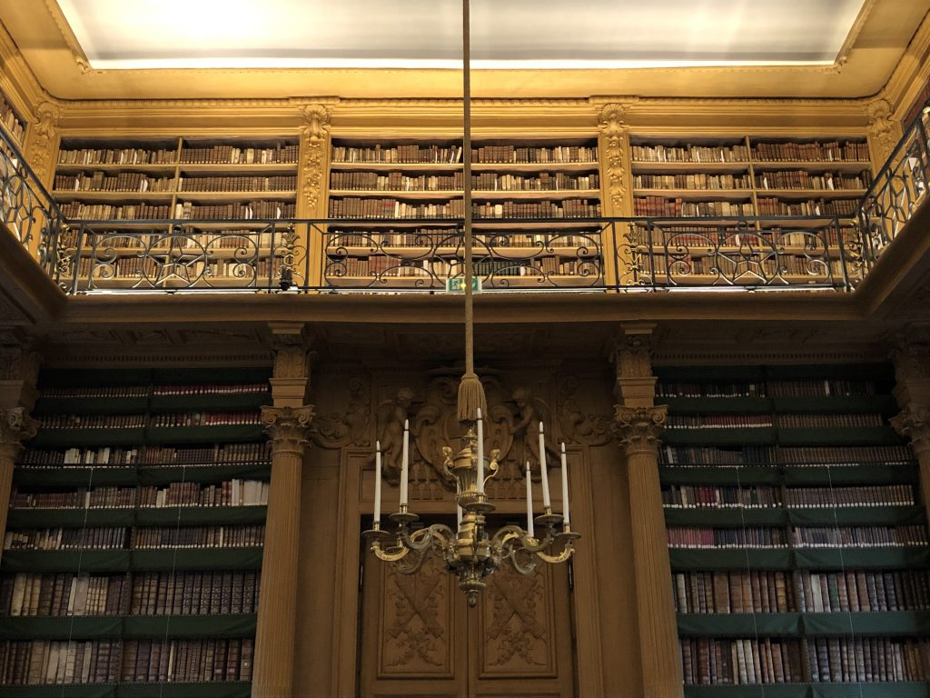 beautiful bookshelves in Bibliothèque Mazarine