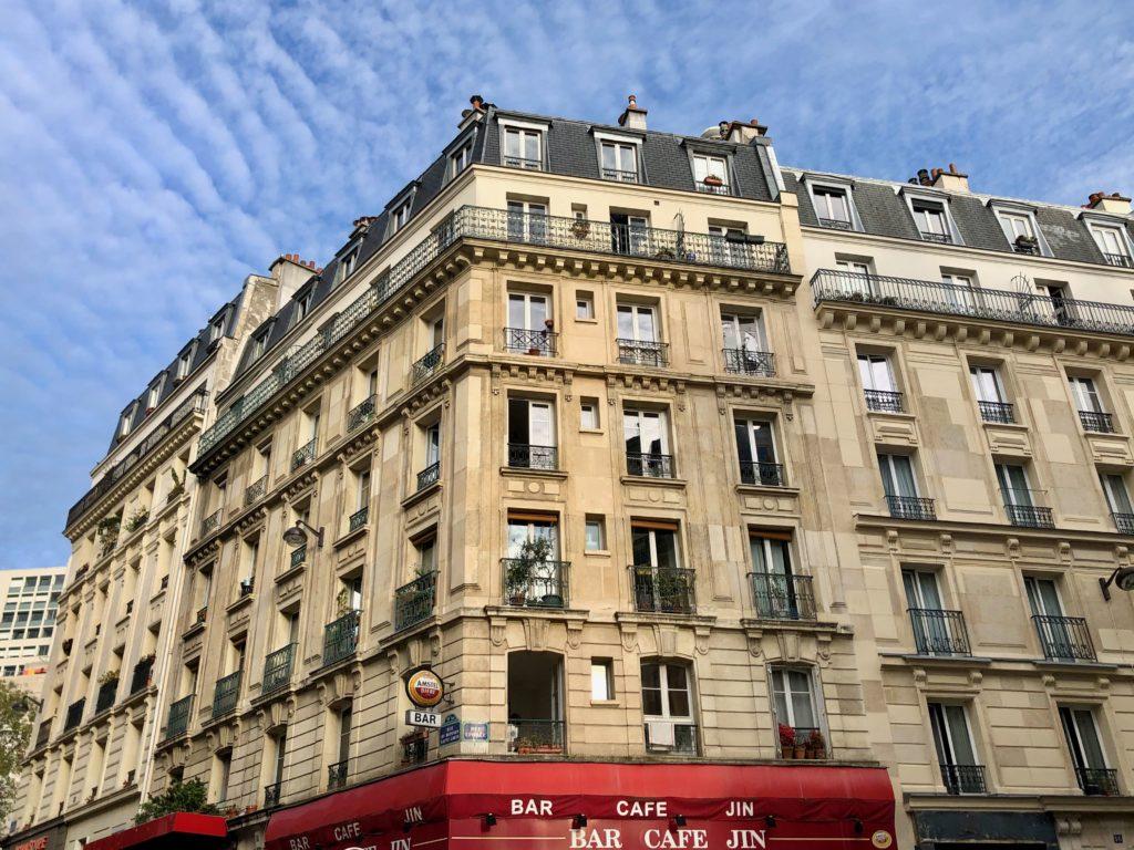 blue skies during Paris confinement