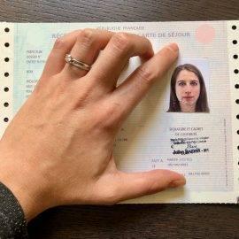"""How to Renew Your Visa or Carte de séjour """"vie privée et familiale"""""""